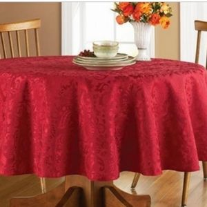 """Better Homes & Gardens 70"""" Round Tablecloth"""
